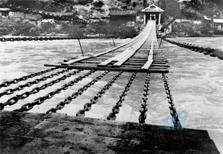 有关泸定桥的资料_安顺场红军渡_感悟长征精神